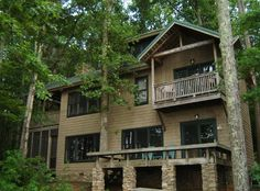 Relaxing wooded retreat with big water views... - VRBO
