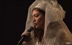 Veja a apresentação de Lorde no SNL! #Atriz, #Cantora, #M, #Musical, #Noticias, #Programa, #Televisão, #Youtube http://popzone.tv/2017/03/veja-a-apresentacao-de-lorde-no-snl.html