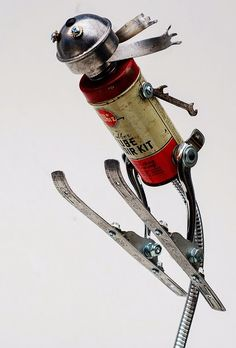 ski jumper by Lockwasher, via Flick Love his stuff-so creative! Metal Robot, Grand Art, Sculpture Metal, Arte Robot, Found Object Art, Scrap Metal Art, Junk Art, Assemblage Art, Recycled Art