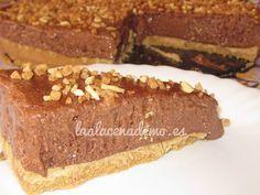 Receta de tarta de mousse de chocolate con Thermomix en tan solo 15 minutos.