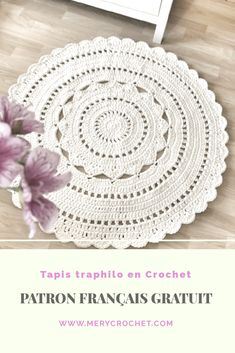 Crochet Doily Patterns 89206 free pattern in French for this beautiful crochet rug with traphilo thread Motif Mandala Crochet, Crochet Mat, Crochet Carpet, Crochet Doily Patterns, Crochet Gifts, Crochet Doilies, Free Crochet, Sewing Online, Crochet Patron