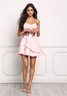 Dress up your look with this flirty and sophisticated dress in a scuba knit bodice with a strapless top and padded bust. Also features a layered flared bottom with a surplice slit. Junior Outfits, Junior Dresses, Sexy Dresses, Cute Dresses, Sophia Miacova, Flare Dress, Dress Up, Bodycon Dress, Cool Summer Outfits