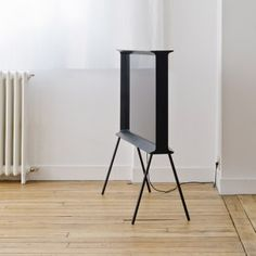 """Bouroullec+brothers'+Serif+TV+for+Samsung+""""does+not+belong+to+the+world+of+technology"""""""