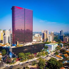 Toda a grandiosidade do Instituto Tomie Ohtake Tomie Ohtake, Urban Concept, Parks, Sao Paulo Brazil, Paulistano, Skyline, Amazing Architecture, Skyscraper, Multi Story Building