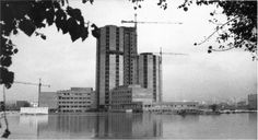"Hospital de Bellvitge inundat. Anys 1960.  De ""L'Hospital de Bellvitge 25 anys (1972-1997)"", 1997. Ed. Hospital de Bellvitge.  Bellvitge's hospital flooded. 1960."