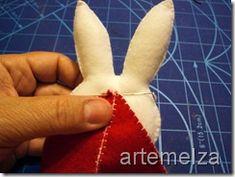 artemelza - coelho de páscoa Cone, Dolls, Easter Bunny, Feltro, Dressmaking, Baby Dolls, Puppet, Doll, Baby