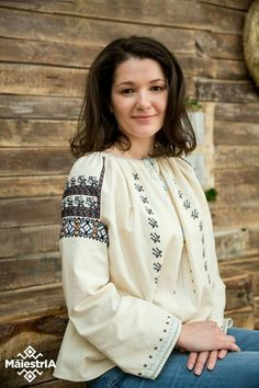 Ethnic Fashion, Diy And Crafts, Embroidered Shirts, Embroidery, Costume, Beautiful, Tops, Women, Needlepoint