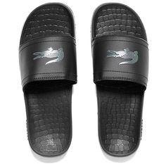 Lacoste Men's Frasier Slide Sandals - Black (2.240 RUB) ❤ liked on Polyvore featuring men's fashion, men's shoes, men's sandals, black, mens lightweight running shoes, mens slipon shoes, mens shoes, mens slip on shoes and lacoste mens sandals