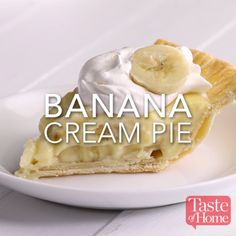 Banana Cream Pie Recipe Source by Related posts: Easy Banana Cream Pie Easy Banana Cream Pie – quick and easy dessert with just a couple ingredients. S… Banana Cream Pie Easy Cream Cheese Pie Crust – Diese einfache hausgemachte Tortenkruste besteht aus … Sweet Desserts, Easy Desserts, Sweet Recipes, Delicious Desserts, Dessert Recipes, Yummy Food, Lemon Desserts, Cream Pie Recipes, Easy Pie Recipes