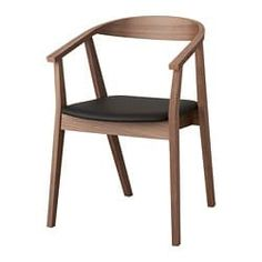 The softly curved back, armrests and walnut veneer together give the chair a warm and welcoming look. You can easily find your own favourite position thanks to the chair's generous design. You sit comfortably thanks to the padded seat.