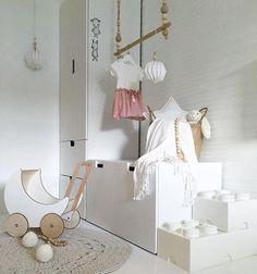 Pink dress from @miniordesign 💗 Happy Thursday ✌🏻️ #kajastef #vakrehjemoginterior #skandinaviskehjem #passion4interior #barnerom #barnerominspo #mittbarnerom #lilleskatten #interior123 #interiorwarrior #interiorandhome #interiorinspiration #interior4all #interiorforinspo #interior_and_living #nordiskehjem #nordicinspiration #onlyinterior #whiteinterior #thursdayinspoo @miennasverden