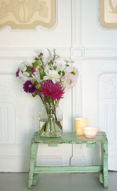 weathered aqua, fresh flowers, tea lights....required
