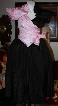 203c24a081e92 VINTAGE 80'S PROM PARTY DRESS PINK BLACK HUGE BOWS TOTALLY OUTRAGEOUS!! 80s  Dress,