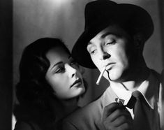 "The seminal film noir ""Out of the Past,"" starring Robert Mitchum, Jane Greer and Kirk Douglas, opened on this date (Nov in Photo of Mitchum and Greer courtesy of AP/Warner Home Video. Classic Film Noir, Classic Movies, Classic Hollywood, Old Hollywood, Hollywood Glamour, Tango, Mafia, Jane Greer, Roxy"