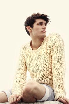 Truffol.com   Chunky sweater. #summer #urbanman #style