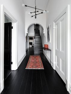black wood floors, white walls and ceiling Decor Interior Design, Interior Decorating, Decorating Ideas, Decor Ideas, Interior Design With Mirrors, Home Interior, Modern Interior, Interior Styling, Black Wood Floors