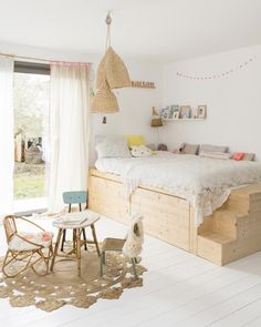 Having a small kids bedroom doesn't have to mean compromise. Here are 6 ideas to make the most of any small space (image via vtvonen) Casa Kids, Deco Kids, Wooden Bedroom, Big Girl Rooms, Kids Room Design, Kid Spaces, Small Spaces, Kid Beds, Play Houses