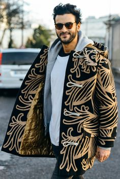 Tommy Ton Shoots the Best Street Style at the Couture and Menswear Shows Tommy Ton, Top Street Style, Autumn Street Style, Cool Street Fashion, Street Styles, Winter Mode Outfits, Winter Fashion Outfits, Autumn Fashion, Mode Shoes