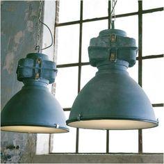 Praxis   Hanglamp Anouk met betonlook. Geeft een industriële look in huis.