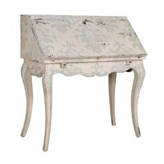 GuildMaster 719557 Cottage Chic French Writing Desk