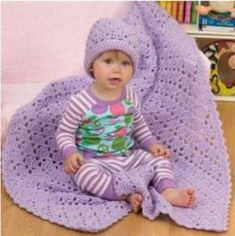 Easy One Ball Crochet Baby Blanket and Hat Set - Love these free crochet patterns!