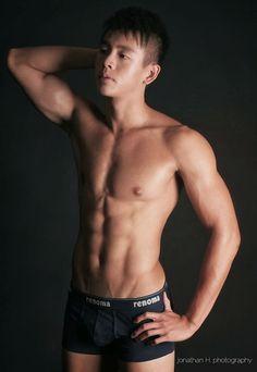 Gboyzone: Ho Zheng Yong