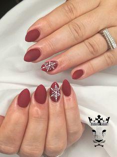 Christmas nails  #nails #nailart #christmastmood⭐️❤️❤️ #christmastime #lovechristmastime #nailsoftheday #nailaddict #nailaholic #nails2inspire #nothingisordinary #nailartist #marinaveniou #nailartseminars #trustthexperts #beautymakesmehappy  www.kalliopeveniou.gr