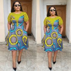 Pictures of our most lovely ankara styles of all time for every beautiful lady out here. Some try these lovely ankara styles Ankara Short Flare Gowns, Short African Dresses, Ankara Short Gown Styles, Short Gowns, African Print Dresses, Ankara Gowns, Ankara Skirt, Dress Styles, African Fashion Ankara