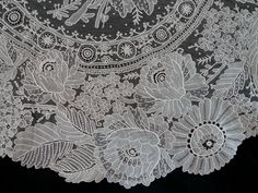 Maria Niforos - Fine Antique Lace, Linens & Textiles : Antique Lace # LA-240 Exquisite Brussels Point De Gaze Flounce
