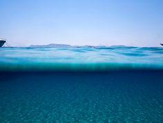 Marina Vernicos, ''Sea Through'' series, Polyaigos, Greece. 118,5x150 cm. Photo Courtesy of the photographer and Zoumboulakis Gallery, Athens, Greece.