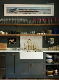 New Kitchen Shelves Above Sink Display Ideas New Kitchen Cabinets, Kitchen Units, Kitchen Shelves, Kitchen Storage, Open Shelves, Glass Shelves, Open Cabinets, Kitchen Unit Paint, Brass Kitchen Taps