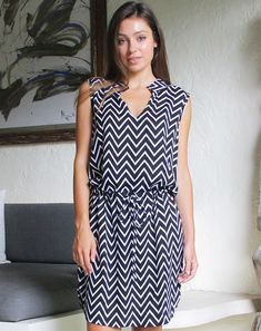 This shift dress with drawstring is both cute and fashionable, team with wedges & it will create an easy summer style that you will feel fab wearing! Key Features Black With White Zig Zag Sleeveless Waist Drawstring Details 100% Rayon Bust 52cm Length 96cm Model Sizing Bust 74cm Waist 59cm Height 165cm Please add approx …
