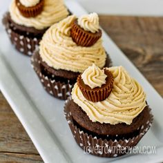Love From The Oven Peanut Butter Ball Cupcakes-5178