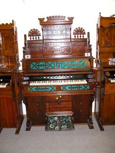 Antique Pump Organ | Estey Organ Co.