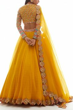 Indian Wedding Gowns, Party Wear Indian Dresses, Designer Party Wear Dresses, Party Wear Lehenga, Indian Gowns Dresses, Indian Bridal Outfits, Indian Fashion Dresses, Dress Indian Style, Indian Designer Outfits