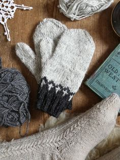 Knitting Patterns Mittens Wood Folk Knits - Julia Reddy – Tolt Yarn and Wool Knitted Mittens Pattern, Knit Mittens, Knitted Gloves, Knitting Patterns, Crochet Patterns, Fingerless Mitts, Christmas Knitting, Knitting Accessories, Knitting Projects