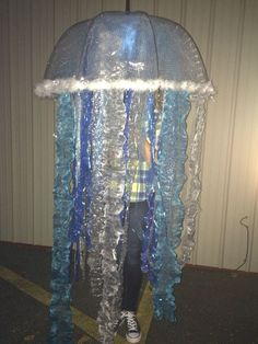 Other worldly worldly Jellyfish Kids Craft - I Heart Arts n CraftsSonnenfänger Qualle MehrJelly fish costume with flash tobetter see the detailsJelly fish costume with flash tobetter see the detailsClear . Halloween Jelly, Happy Halloween, Funny Halloween Costumes, Holidays Halloween, Diy Costumes, Halloween Diy, Halloween Decorations, Seussical Costumes, Maleficent Halloween