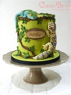 Birthday geckos - by Cakesbybeth @ CakesDecor.com - cake decorating website