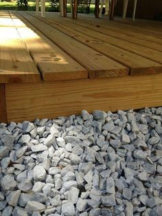 small deck ideas for mobile homes.Just because you have a tiny backyard doesn't suggest you can't have a stylish deck. Pallet Decking, Diy Pallet, Decking Ideas, Deck Building Plans, Low Deck, Floating Deck, Deck Construction, Deck Design, How To Level Ground