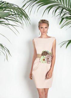 Vestidos de fiesta, vestidos para boda, Matilde Cano, colección 2017 Dress Outfits, Fashion Dresses, Dress Up, Lace Bolero, Evening Dresses, Formal Dresses, Vestidos Vintage, Elegant Outfit, Girly Girl