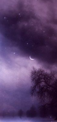 Something about this color of night sky is on the good side of edgy.  Twilight on the edge of dark.  Enigmatic   Nite ml Xoxoxoxo X