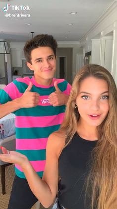 Funny Tik Toks Discover I have 3 siblings and they get on my freaking nerves Super Funny Videos, Funny Videos For Kids, Funny Short Videos, Funny Video Memes, Crazy Funny Memes, Really Funny Memes, Funny Relatable Memes, Brent Rivera, Funny Vidos