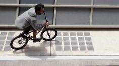 Flo(w) - A fast BMX journey through Paris shot on iPhone 5
