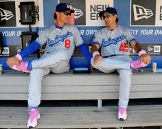 Dodgers celebrate Mother's Day with a victory, raise awareness for breast cancer with pink shoes, bats, wristbands and more! Happy Mother's Day to all the Moms out there!
