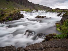 _1060681.jpg - Iceland creek in long exposure