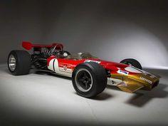 1968 - 1970 Lotus Ford 49B : Formula One racing car. (ph: WallpaperUP)