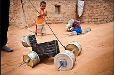 upcycle old containers and some hardware into pull toys Poor Children, Poor Kids, Pull Toy, Projects For Kids, Art For Kids, Activities For Kids, Africa, Container, Homemade
