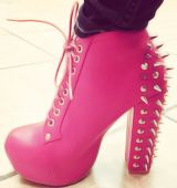Pink and studs <3