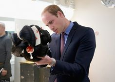 Prince William intently examines a Geisha wig while backstage at the TV studios in Tokyo, Japan Prince William And Harry, William Kate, Prince Charles, William Arthur, Prince Harry, Carrie Johnson, Boris Johnson, Prime Minister Of England, Royal Albert Hall