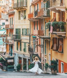 Twirling in the pastel filled streets of Cinque Terre ✨🇮🇹 Cinque Terre, Street Photography, Travel Photography, Digital Photography, Photography Ideas, Safari, Italy Street, Wanderlust, Pastel